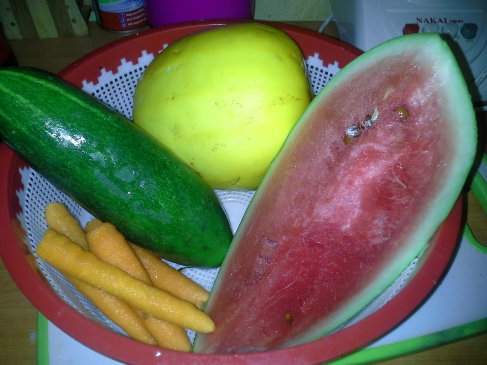 Golden melon juice
