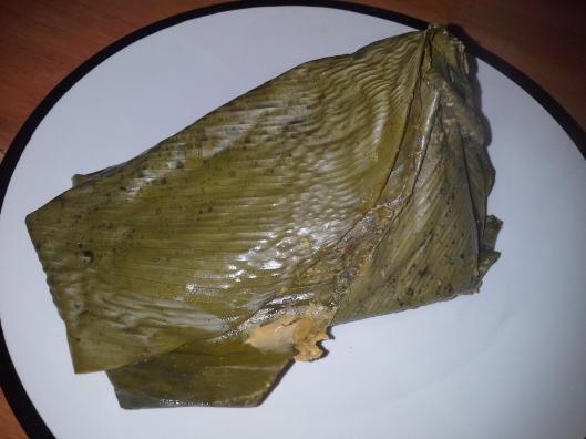 Moi-moi made in fresh leaves