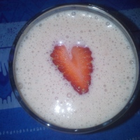 Strawberry Butterscotch Milkshake - Valentine Recipe